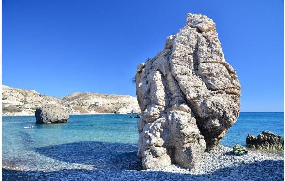 Aphrodite's Rock (Rum Bucolic Ape)